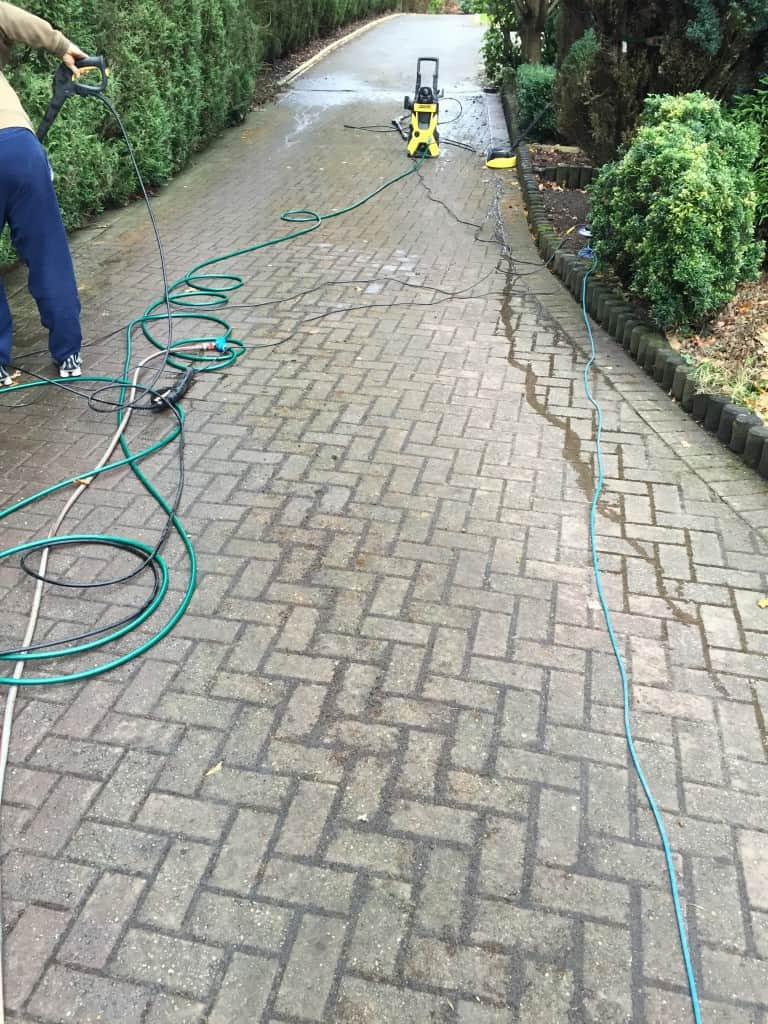Driveway cleaning pressure washing tidy gardens for Pressure washer driveway cleaner